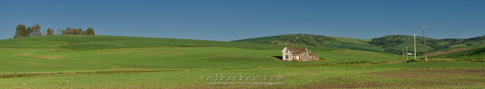 Old house on Whitman Road south of Pullman, WA in the Palouse
