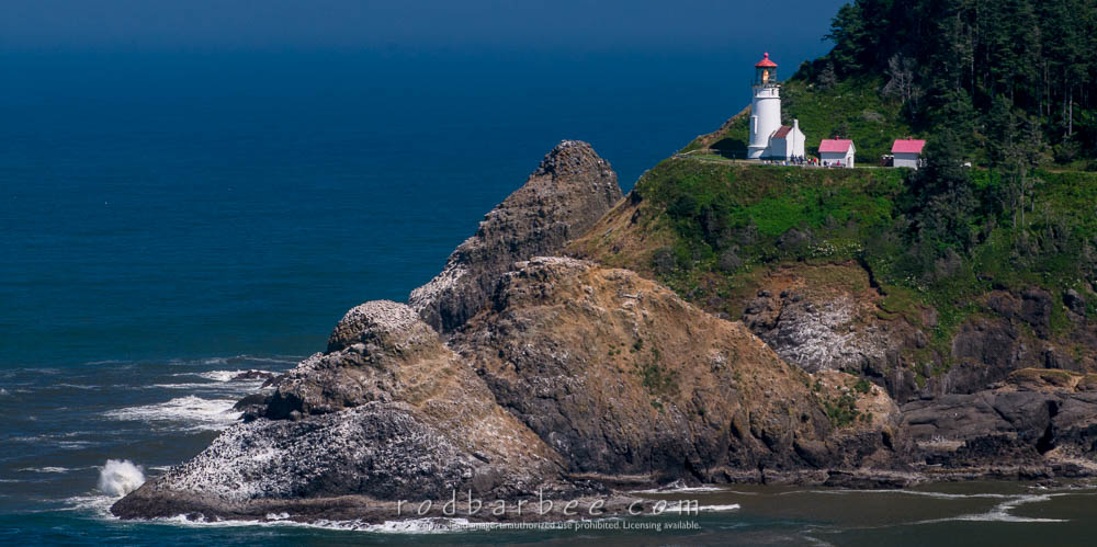 Heceta Head Lighthouse from viewpoint